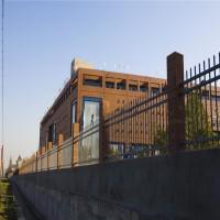 服务区金属围墙 厂区锌钢铁艺栅栏 深圳方管护栏厂家
