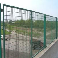 桥梁防抛网生产厂家 深圳高速公路隔离栅 双圈护栏网
